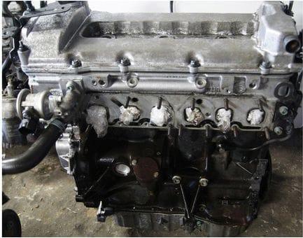 Контрактный двигатель Ford Galaxy 2.8 V6  AYL 204 л.с.